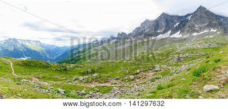 Aiguile De Chardonnet Mont Blanc