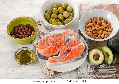 Food Sources Of  Unsaturated Fats.