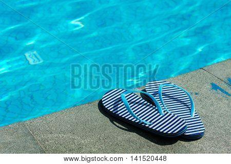 Stripped Flip-flops