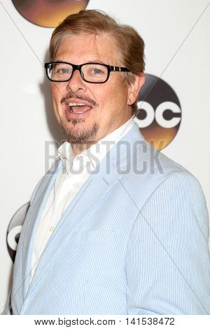 LOS ANGELES - AUG 4:  Dave Foley at the ABC TCA Summer 2016 Party at the Beverly Hilton Hotel on August 4, 2016 in Beverly Hills, CA