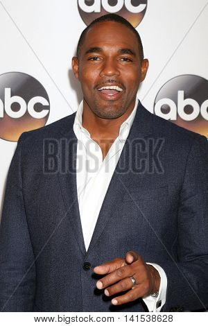 LOS ANGELES - AUG 4:  Jason George at the ABC TCA Summer 2016 Party at the Beverly Hilton Hotel on August 4, 2016 in Beverly Hills, CA