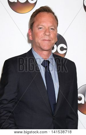LOS ANGELES - AUG 4:  Kiefer Sutherland at the ABC TCA Summer 2016 Party at the Beverly Hilton Hotel on August 4, 2016 in Beverly Hills, CA