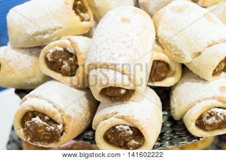 Turkish recipe: many mini apple pie cookies