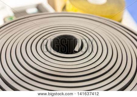 Heat keeping material