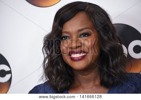 LOS ANGELES - AUG 04:  Viola Davis arrives to the ABC TCA Press Party 2016 on August 04, 2016 in Hollywood, CA