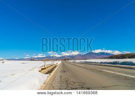 Road to Winter mountain ( Japan )