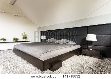 Light Simple Design Bedroom Idea