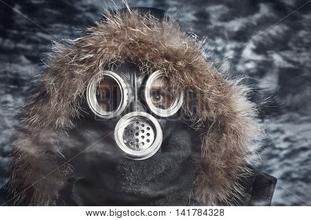 Man in respirator oudoor