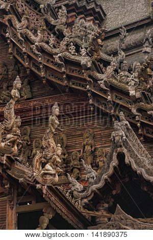 Great Artwork Of Historical Buddhist Temple In Pattaya, Thailand
