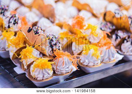 Thai Crispy Pancake , Kanom Buang , thai style