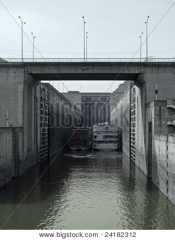 Lock At Three Gorges Dam