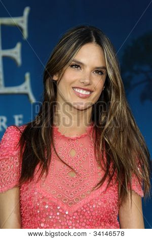 LOS ANGELES - JUN 18:  Alessandra Ambrosio arrives at the