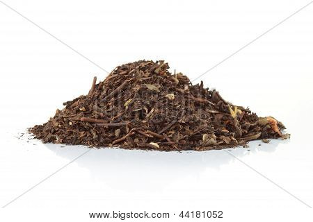 The Spice Clove In A Pile