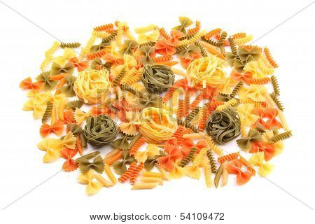 different pasta in three colors