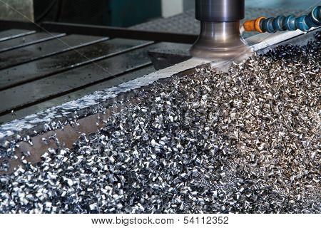 Cnc Milling Machine With Scrap