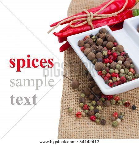 peppecorn and fresh red pepper