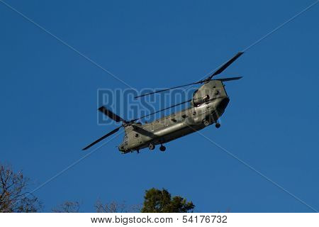 Boeing Ch-47 Chinook Helicoptor