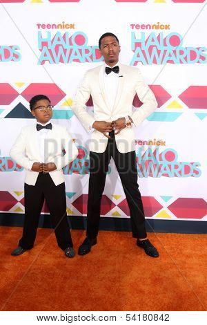 LOS ANGELES - NOV 17:  Benjamin Flores Jr., Nick Cannon at the TeenNick Halo Awards at Hollywood Palladium on November 17, 2013 in Los Angeles, CA