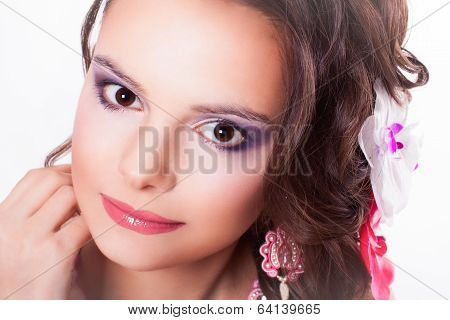 Beautiful Purple Makeup On The Girl With Pink Lips