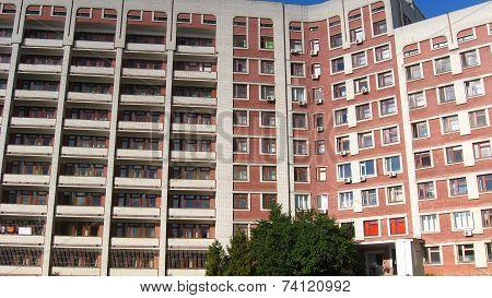 Modern Establishment Many-storied Building