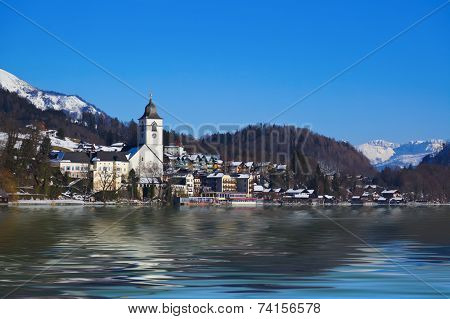 Village St Wolfgang on the lake Wolfgangsee at winter - Salzburg Austria