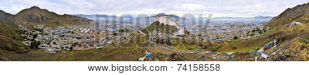 Tashilunpo Monastery n Shigatse, Tibet