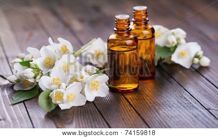 Essential Aroma Oil With Jasmine