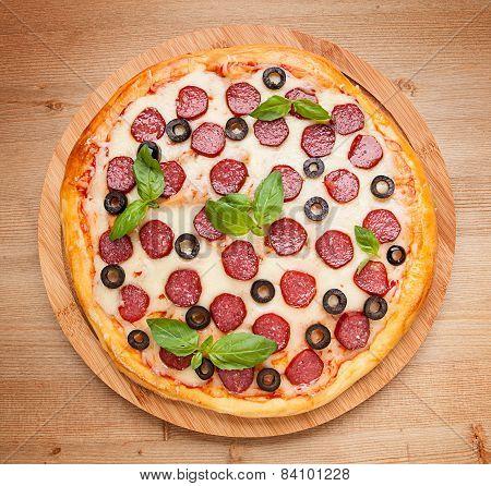 Fresh Flavorful Pepperoni Pizza On Wood
