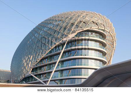 Yas Viceroy Hotel in Abu Dhabi