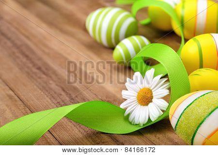 Smart Easter Arrangement On Wood