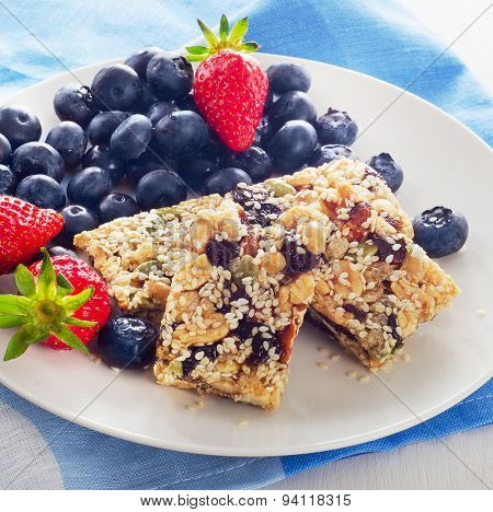 Healthy Granola Bars With Berries For Breakfast.