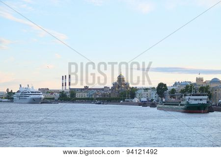 Veiw of a Neva river in St. Petersburg, Russia