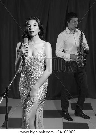jazz singer in retro style