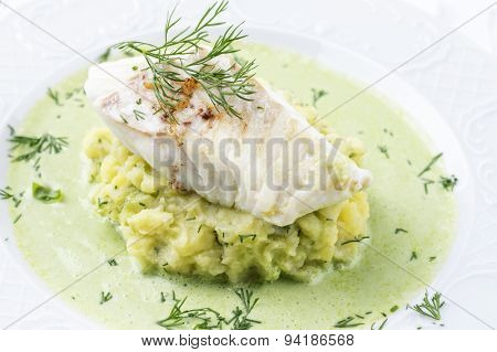 Cod fillet in Basil Champagne Foam