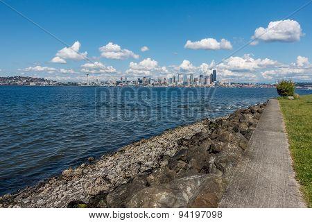 Sunny Seattle Skyline 10