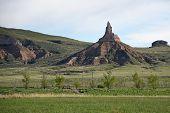 pic of chimney rock  - Chimney Rock in western Nebraska was an important landmark along the historic Oregon Trail - JPG