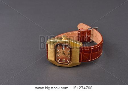 Old Classic Wristwatch For Woman With Brown Strap On Black