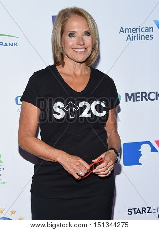LOS ANGELES - SEP 09:  Katie Couric arrives to the Stand Up To Cancer 2016 on September 09, 2016 in Hollywood, CA