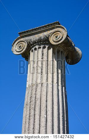 Contemporary mock Roman ampitheatre column Swanage Dorset England UK Western Europe.