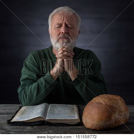 Gratitude and thanksgiving prayer for the bread of life and the daily bread. Mat.4.4 It is written Man shall not live by bread alone but by every word that proceedeth out of the mouth of God.