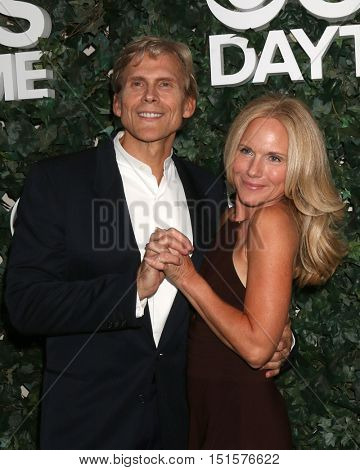 LOS ANGELES - OCT 10:  Grant Aleksander, Beth Chamberlin at the CBS Daytime #1 for 30 Years Exhibit Reception at the Paley Center For Media on October 10, 2016 in Beverly Hills, CA