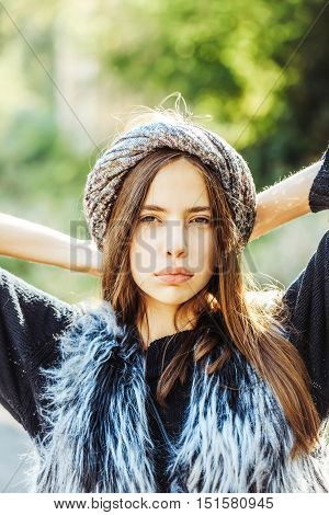 Fashionable Woman Sequins Turban