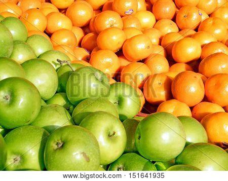 Apples and tangerines on bazaar in Tel Aviv IsraelJanuary 12 2011