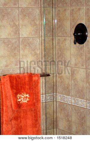 Chuveiro de telha cerâmica