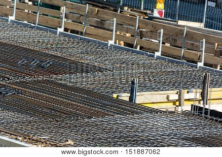 Foundation building of steel and concrete for the construction of an apartment building with underground parking.