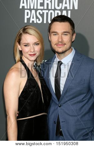 LOS ANGELES - OCT 13:  Valorie Curry, Sam Underwood at the