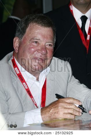 SAN DIEGO - JULY 23: William Shatner signs autographs during Day 2 of Comic-Con 2010 in San Diego, California on July 23, 2010