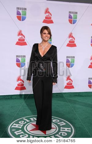 LOS ANGELES - NOV 10:  Lucero arrives at the 12th Annual Latin GRAMMY Awards at Mandalay Bay on November 10, 2011 in Las Vegas, NV
