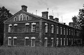 pic of tsarskoe  - The old brick building in Tsarskoe Selo St - JPG