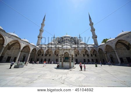 ISTANBUL - JUL 3: Sultanahmet Mosque (Blue Mosque) in front of Hagia Sophia Museum in Istanbul on July 3, 2012 in Istanbul, Turkey.